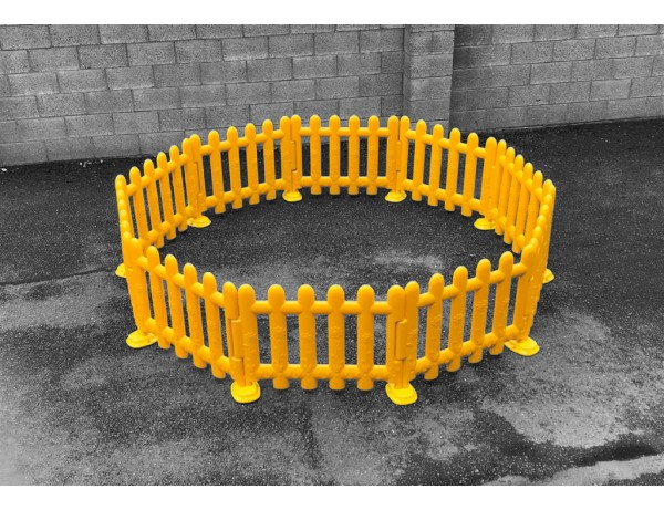 Outdoor Yellow Partition Fencing (Set of 4)