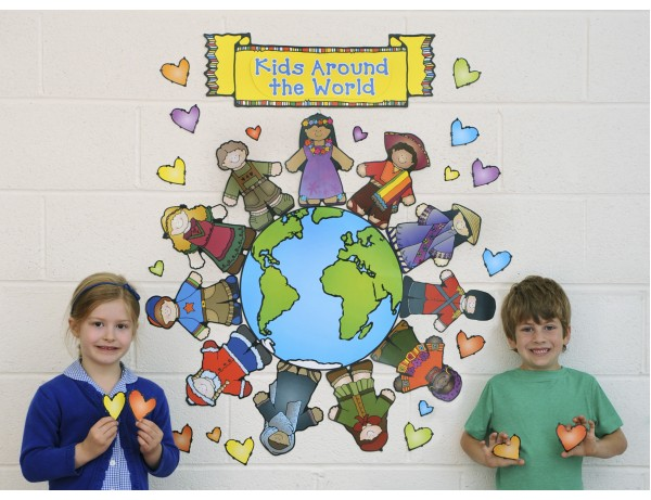 Kids Around the World Bulletin Board Set 4+
