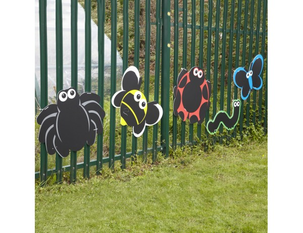 OUTDOOR MARK MAKING CHALKBOARDS - MINIBEAST