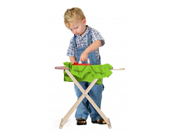 Ironing Board with Iron (3y+)